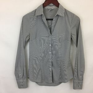 H&M Black/White Pinstripe Collar Button Down Shirt